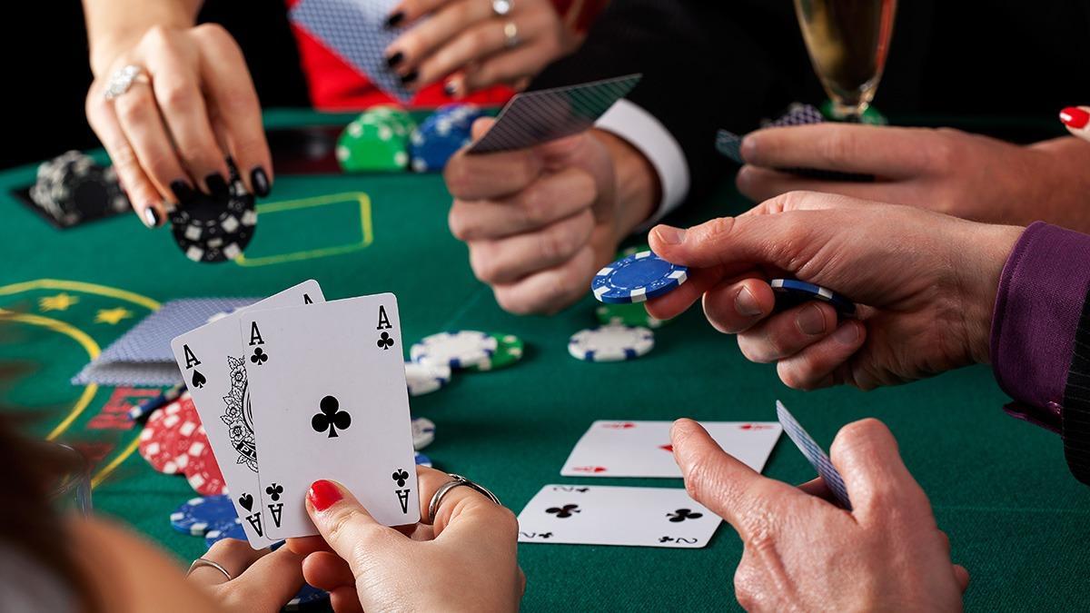 Играйте в покер и побеждайте на ПокерДом